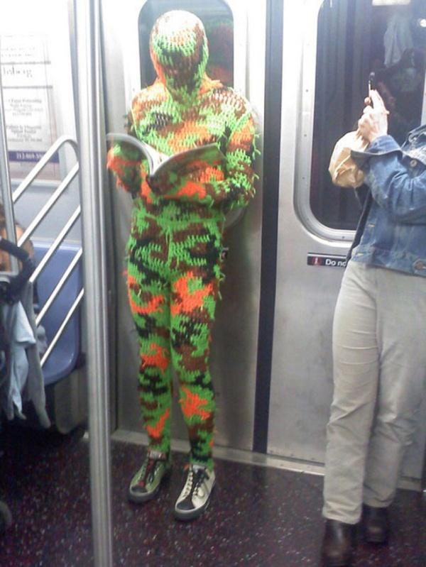 Pessoas no metrô 11