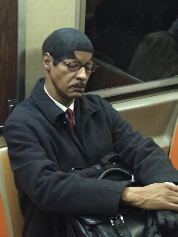 Pessoas no metrô 5