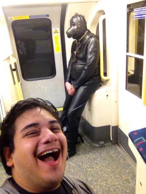 Pessoas no metrô 9