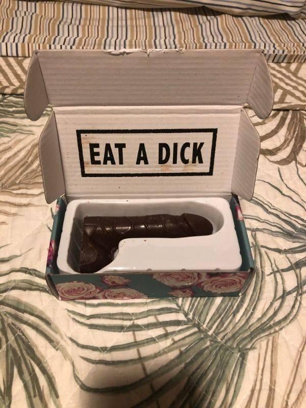 marque sux amigx que amaria um chocolate desse